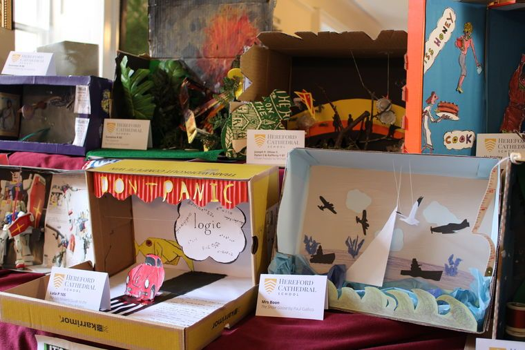 Christmas Shoebox Diorama.Pupils Bring Books To Life In Shoebox Challenge Hereford