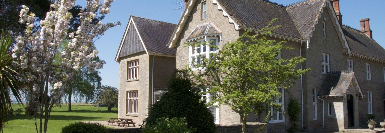 External boarding house